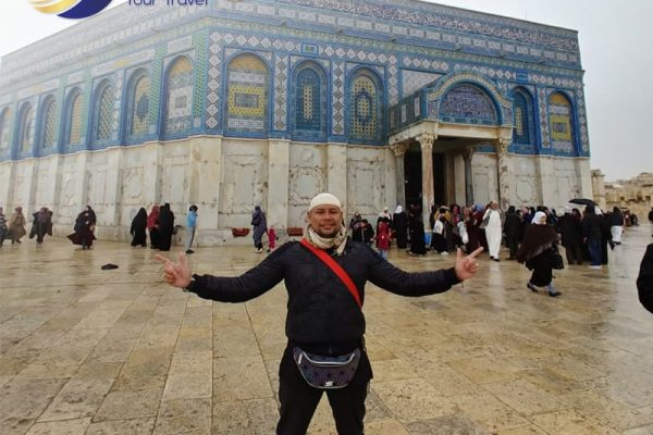 AQU Tour Travel - Umroh Sesuai Sunnah - Umroh plus Aqsha - Dome of Rock 10-min